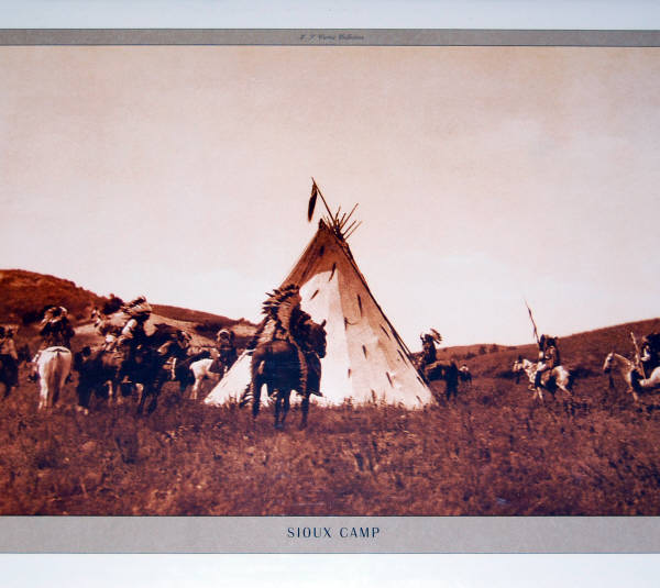 16 x 20 Poster Sioux Camp. Photo by Edward Curtis.